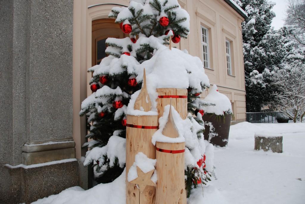 Winterlicher Eingang - Königliches Kurhaus