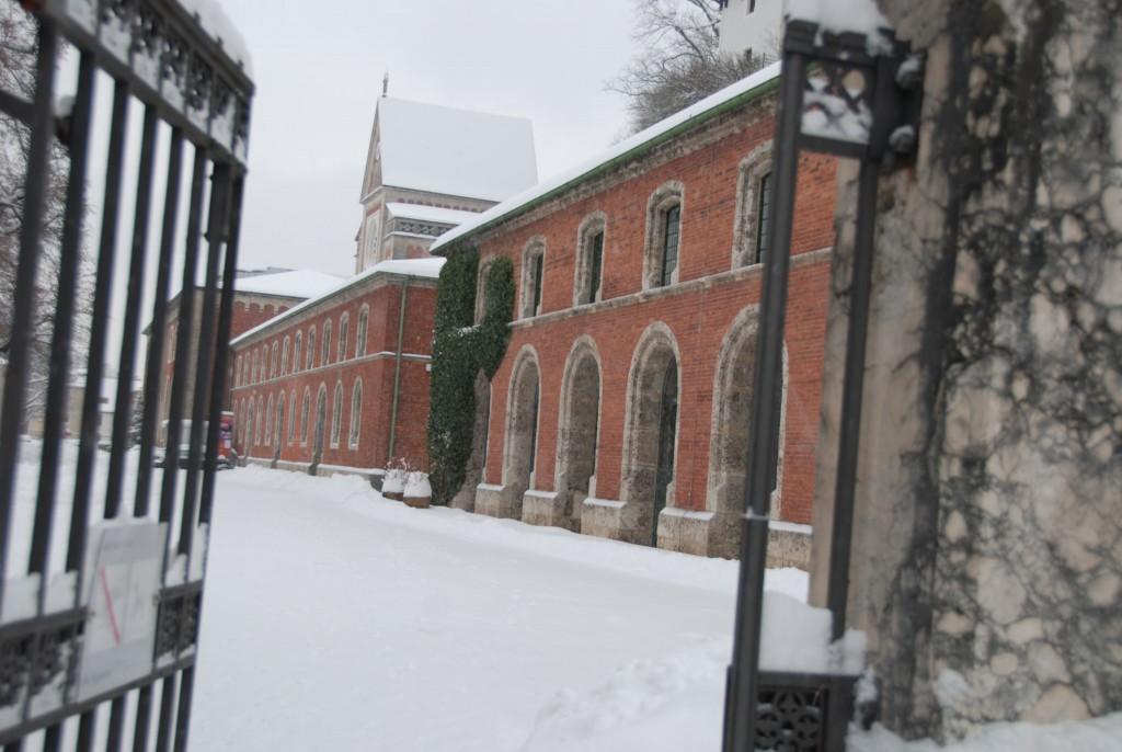 Eingang zur Alten Saline im Winter