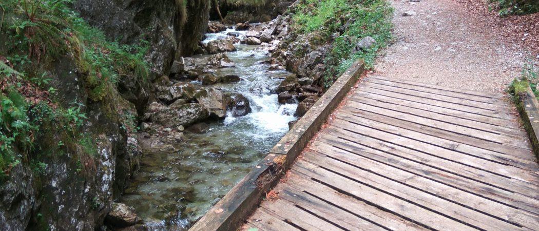 Brücken über den Schwarzenbach