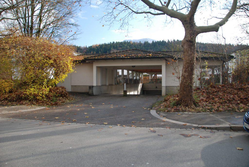 Tiefgarageneinfahrt - Werkmeisterweg